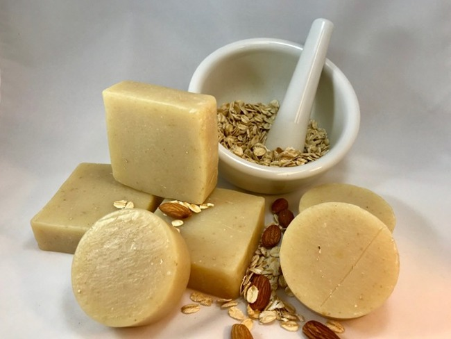 Almond and Oatmeal Soap - 2.5 Oz Round Bar