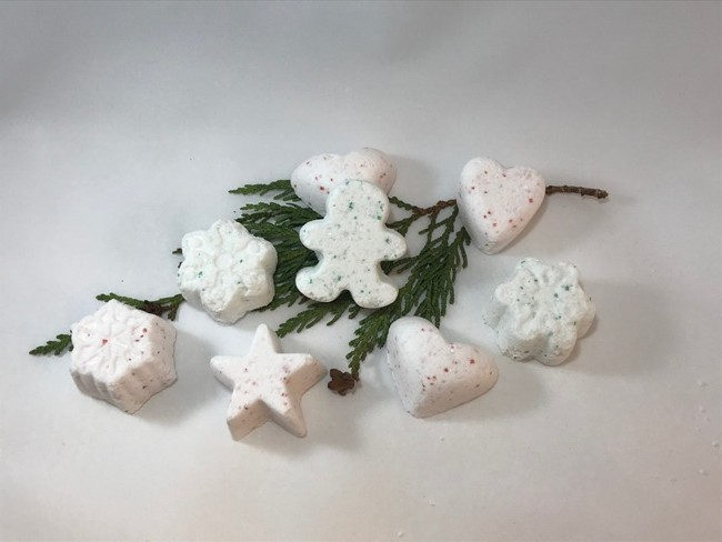 Holiday Memories Shower Blossoms Pkg. of 4