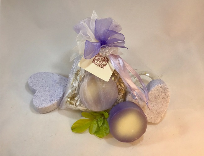 Lavender Sacque with Blackberry Soap & Bombe